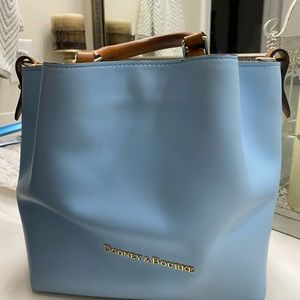 Dooney & Bourke city small Barlow bag